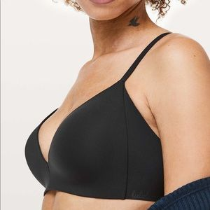 Lululemon Take Shape Bra Black 34C New